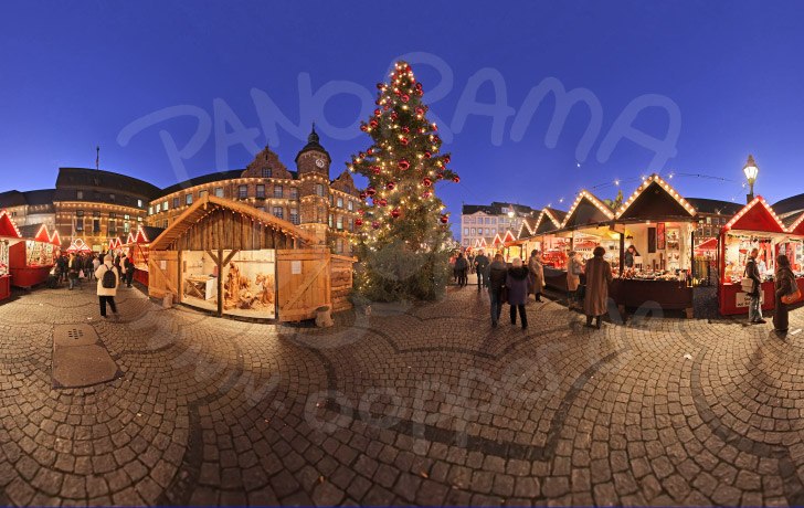 weihnachtsmarkt d sseldorf weihnachtsbaum vor dem. Black Bedroom Furniture Sets. Home Design Ideas